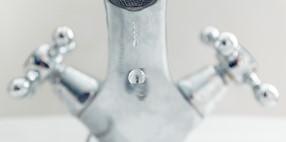 Prova pilot d'èxit en reducció d'un 50% de la despesa d'aigua reutilitzant la de les dutxes